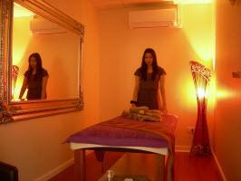 we exlcusively provide well-groomed thai masseuses